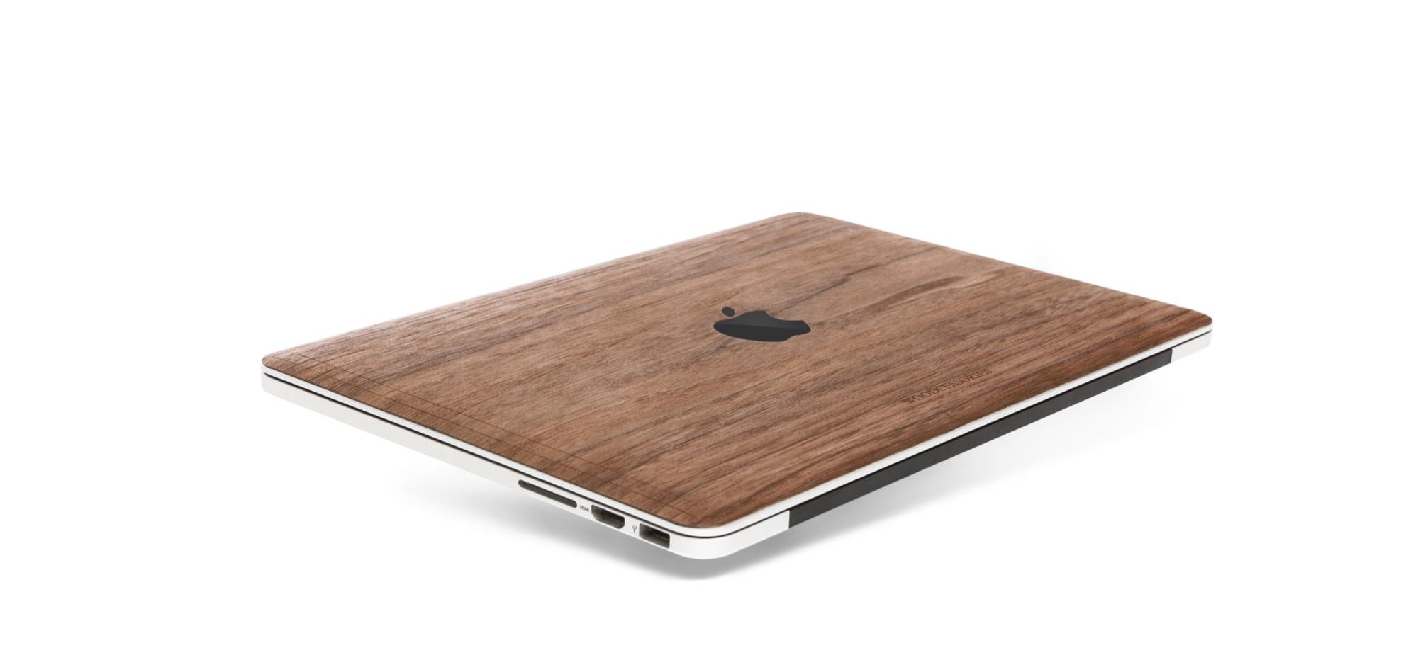 woodcessories-holz-macbook-cover-pro-touchbar-2016-15-13-sticker-klebefolie-decal-woodFolie2